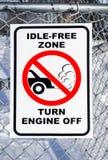 Свободная от Бесполезный зона, знак выключенного двигателя поворота Стоковое фото RF