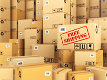 Свободные перевозка груза или поставка вся предпосылка кладет коричневый цвет в коробку картона Стоковое Фото