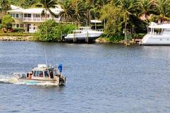 Свойство & шлюпка портового района в Флориде стоковые изображения rf
