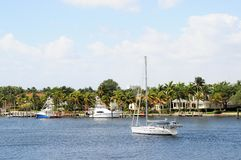 Свойство & яхта портового района в Флориде стоковое фото