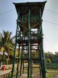 СВОЯ башня дозора, который нужно наблюдать стоковое фото