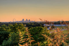 Свод ворот и горизонт Сент-Луис, Миссури стоковая фотография rf