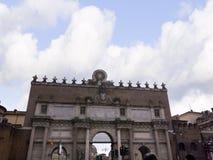 Свод входа в аркаду Popolo в Риме Италии Стоковое Изображение