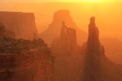 Свод на восходе солнца, национальный парк женщины шайбы Canyonlands, Юта, u Стоковое фото RF