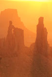 Свод на восходе солнца, национальный парк женщины шайбы Canyonlands, Юта, u Стоковые Фотографии RF
