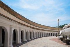 Свод на Wat Phra Pathom Chedi Стоковые Изображения