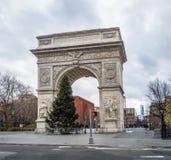 Свод парка квадрата Вашингтона - Нью-Йорк, США стоковые фотографии rf