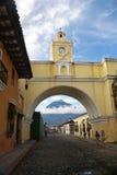 Свод Санты Каталины в Антигуе Гватемале Стоковое Изображение