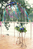 Свод свадьбы на речном береге Стоковое Фото