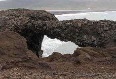 Свод утеса на пляже Стоковая Фотография