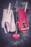 Связанная предпосылка зимы mittens Стоковая Фотография RF