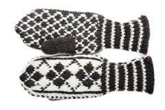 связанные mittens делают по образцу зиму Стоковые Изображения RF