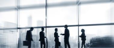 Связи офиса бизнесмены концепции города Стоковое фото RF