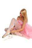 связывать ботинок балерины Стоковая Фотография RF