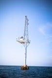 связь антенны оффшорная Стоковые Изображения RF