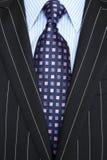 связь костюма черного пинстрайпа пурпуровая Стоковая Фотография RF