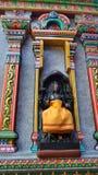 Святая скульптура на красочном виске Mahamariamman на дороге Бангкоке Silom, известно вызванном как Wat Khaek, висок devi Умы Стоковые Фотографии RF