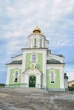 Святая церковь восхождения на голубом небе Стоковые Фотографии RF