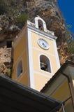 Святилище Grotta della St. Марии. Прая конематка. Калабрия. Италия. Стоковое Изображение RF