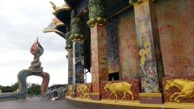 Святилище Thep Vithayakom на Wat Luang Phor Koon в Дэн Khun Thot Nakhon Ratchasima Стоковое Фото