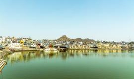 Святое озеро Pushkar стоковые фотографии rf