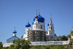 Святой монастырь Bogolyubovo стоковые фото