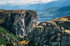 Святой монастырь St Stephen на комплексе монастырей Meteora в Греции стоковые изображения