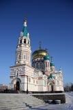 Святой собор предположения (собор Dormition) на квадрате собора в Омске Россия Стоковые Фотографии RF