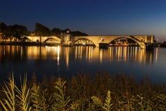 Святой-Benezet Pont на Роне в Авиньоне Стоковые Изображения