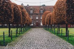 Святой Elisabeth Beguinage в Gent стоковая фотография
