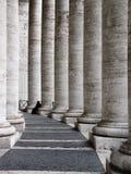 святой peter rome s колонок собора стоковые изображения