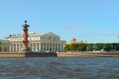 святой petersburg России стрелки Стоковая Фотография