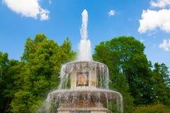 святой petersburg Статуи и фонтаны Peterhof Стоковое фото RF