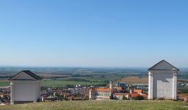 Святые холм и городок Mikulov, южная Моравия Стоковые Изображения