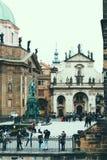 Св. Франциск Св. Франциск церков Assissi и музея Карлова моста Стоковое Изображение