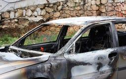 сгорели автомобиль вне Стоковое Фото