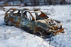 сгорели автомобиль вниз стоковые фотографии rf