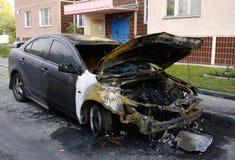 сгорели автомобиль, котор Стоковое фото RF