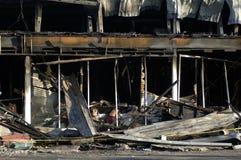 сгорели здание, котор Стоковые Фото