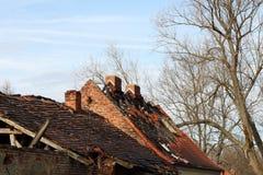 Сгорели крыша стоковые фото