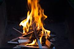 сгорели рестораны ночи одного дома пола пожара вне 3 2 Стоковое Изображение RF