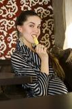 сдерживает страсть лимона девушки Стоковое Изображение RF