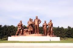 СЕВЕРНАЯ КОРЕЯ, NAMPHO - 21-ОЕ СЕНТЯБРЯ 2017: статуи Kim Il-Sung Стоковые Фото