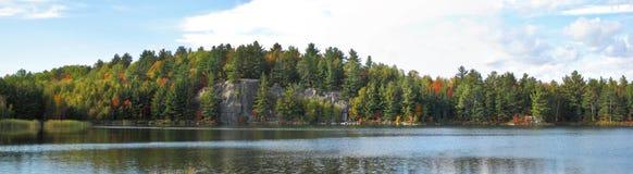 Северное бореальное озеро Стоковое фото RF