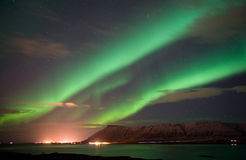 Северное сияние в Исландии стоковая фотография rf