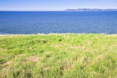 Северно ландшафт Ирландского с пасти на переднем плане стоковые изображения rf