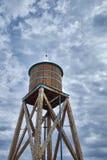 Северные мост и маяк Мичигана стоковые изображения