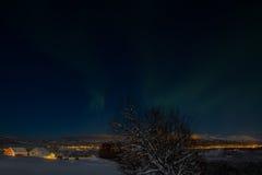 Северные света от Slåttebakken Gård Стоковое фото RF