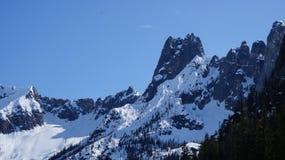 Северный ряд Moutain каскада, штат Вашингтон, США стоковые фото