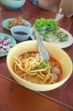 Северный тайский суп карри лапшей, северный шик стиля Стоковые Изображения RF